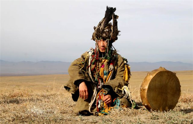Шаманизм Сибири, продолжение: www.worldsculture.ru/slavyanskie-narodnosti/shamanizm-sibiri...